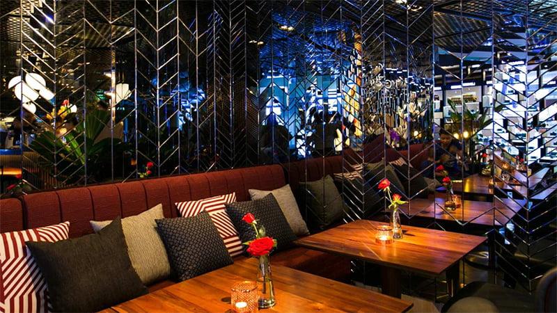 Không gian Cafe Terrace