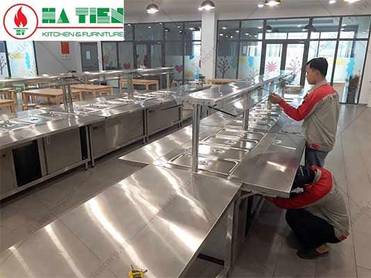 Thiết bị nhà bếp công nghiệp trong trường mầm non Vfis